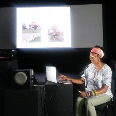 Shanice presenting her work in the Black Box at Ateliers '89